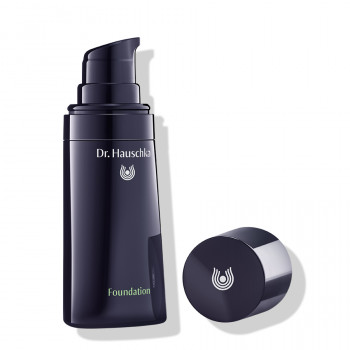Dr. Hauschka Foundation natural cosmetics